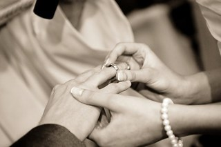 wedding-322034__340.jpg